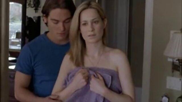 الرعاية الخامس في فستان أحمر افلام اجنبية اباحية سكس